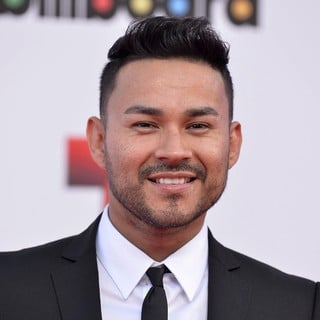 Frankie J in 2013 Billboard Latin Music Awards - Arrivals