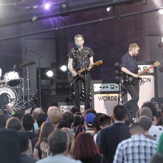 Franz Ferdinand Performing at  Jimmy Kimmel Live! - franz-ferdinand-performing-at-jimmy-kimmel-live-02