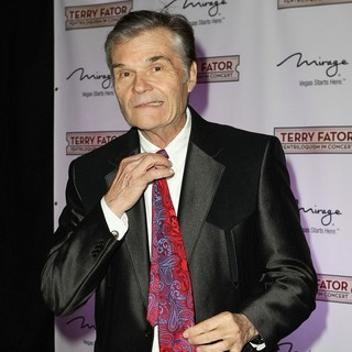 Fred Willard in Terry Fator Hosts A Star-Studded One Year Anniversary Celebration