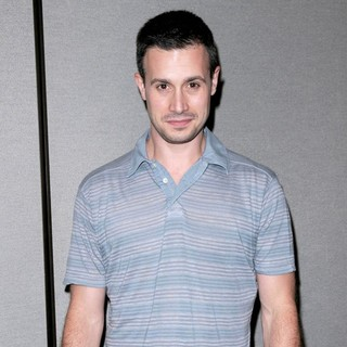 Freddie Prinze Jr. in 2009 Comic Con