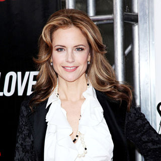 Kelly Preston in 'From Paris with Love' premiere - Arrivals