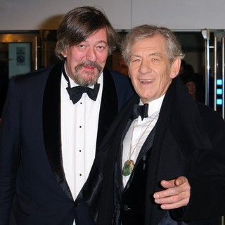 Stephen Fry, Ian McKellen in The Hobbit: An Unexpected Journey - UK Premiere - Arrivals