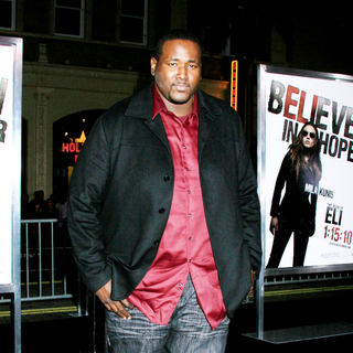 Quinton Aaron in Los Angeles Premiere of 'The Book Of Eli' - Arrivals