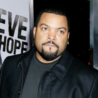 Ice Cube in Los Angeles Premiere of 'The Book Of Eli' - Arrivals
