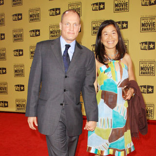 Woody Harrelson, Laura Louie in 15th Annual Critics' Choice Movie Awards