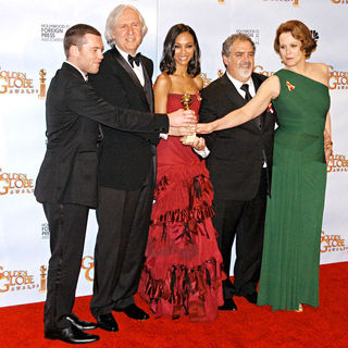 Sam Worthington, James Cameron, Zoe Saldana, Jon Landau, Sigourney Weaver in 67th Annual Golden Globe awards - Press Room