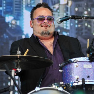 Fun Lovin' Criminals in V Festival - Day Two