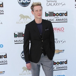 Gabriel Mann in 2013 Billboard Music Awards - Arrivals