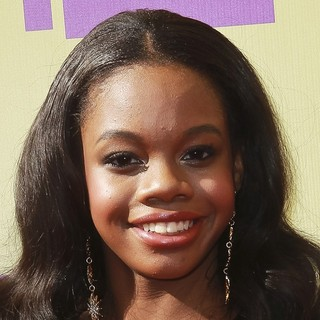 Gabrielle Douglas in 2012 MTV Video Music Awards - Arrivals