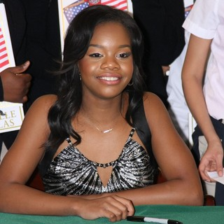 Gabrielle Douglas in Gabrielle Douglas Signs Copies of Her Book Raising The Bar