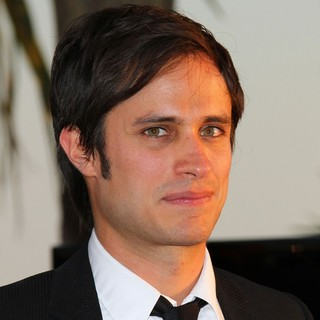 Gael Garcia Bernal in 2010 Cannes International Film Festival - Day 12 - Palme d'Or Awards Photocall