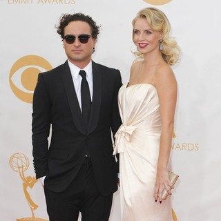 Johnny Galecki, Kelli Garner in 65th Annual Primetime Emmy Awards - Arrivals