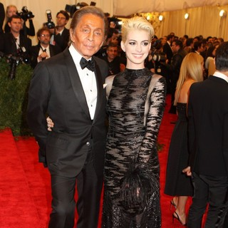 Valentino Garavani, Anne Hathaway in PUNK: Chaos to Couture Costume Institute Gala