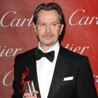 Gary Oldman in The 23rd Annual Palm Springs International Film Festival Awards Gala - Press Room