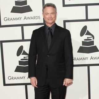 Gary Sinise in 58th Annual GRAMMY Awards - Arrivals