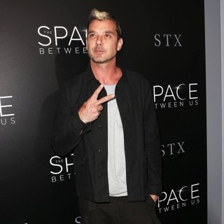 Gavin Rossdale-Premiere of STX Entertainment's The Space Between Us