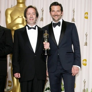 Eugene Gearty, Bradley Cooper in 84th Annual Academy Awards - Press Room
