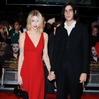 Peaches Geldof, Thomas Cohen in The Premiere of The Twilight Saga's Breaking Dawn Part II - Arrivals