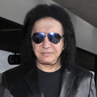 Gene Simmons in Gene Simmons Arrives at Los Angeles International Airport