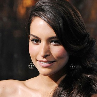 Genesis Rodriguez in Premiere of Man on a Ledge