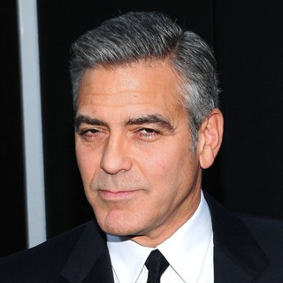 George Clooney in New York Premiere of Gravity - Arrivals - george-clooney-premiere-gravity-06
