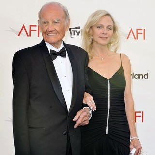 George McGovern in The 40th AFI Life Achievement Award Honoring Shirley MacLaine