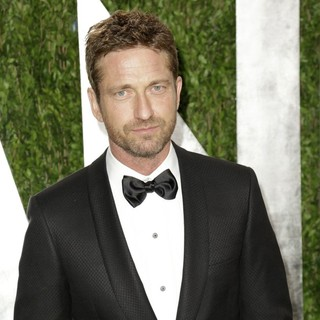 Gerard Butler in 2013 Vanity Fair Oscar Party - Arrivals - gerard-butler-2013-vanity-fair-oscar-party-04