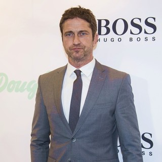 Gerard Butler Visits Douglas as A Brand Ambassador for BOSS BOTTLED INTENSE