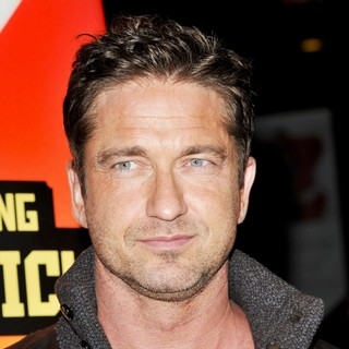 Gerard Butler in The Los Angeles Premiere of Chasing Mavericks - Arrivals