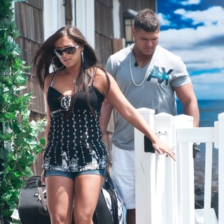 Sammi Giancola, Ronnie Ortiz-Magro in The Jersey Shore Cast Move Out of Their Home