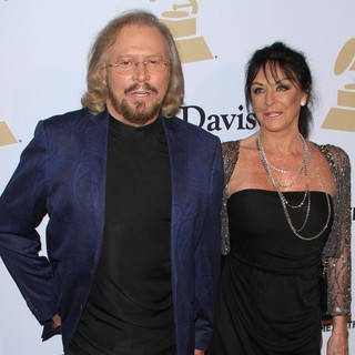 Barry Gibb, Linda Gray in 2015 Pre-GRAMMY Gala and Salute to Industry Icons with Clive Davis