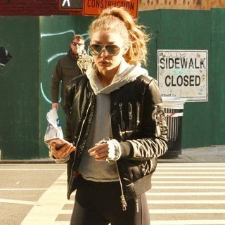 Gigi Hadid-Gigi Hadid Out and About in New York