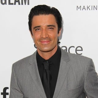 Gilles Marini in 2013 amfAR Inspiration Gala Los Angeles Presented by MAC Viva Glam - gilles-marini-2013-amfar-inspiration-gala-05