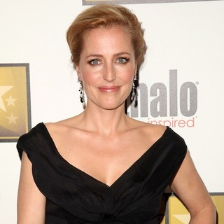 Gillian Anderson in 2012 Critics' Choice TV Awards - Arrivals