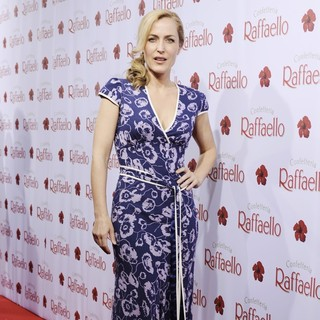 Gillian Anderson in The Raffaello Summer Day Event - gillian-anderson-raffaello-summer-day-event-02