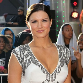 Gina Carano in Los Angeles Premiere of Fast and Furious 6 - gina-carano-la-premiere-fast-and-furious-6-04
