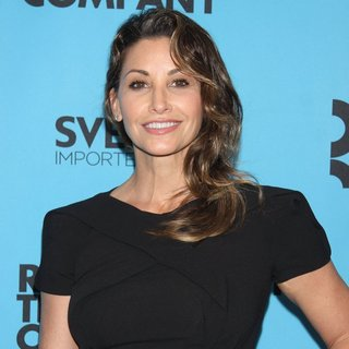 Gina Gershon in 2014 Roundabout Spring Gala - Arrivals