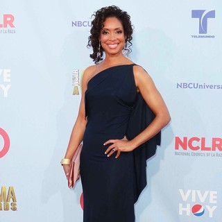 Gina Torres in 2012 NCLR ALMA Awards - Arrivals