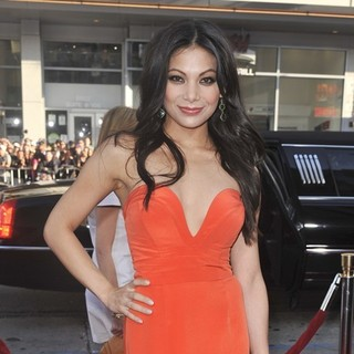 Ginger Gonzaga in The Los Angeles Premiere Ted - Arrivals