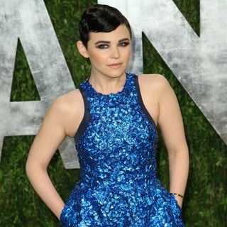 Ginnifer Goodwin in 2013 Vanity Fair Oscar Party - Arrivals