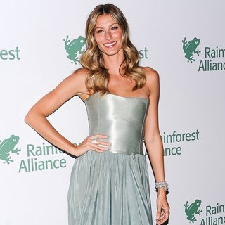 Gisele Bundchen in 2014 Rainforest Alliance Gala