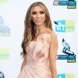 Giuliana Rancic in The DoSomething.org and VH1's 2012 Do Something Awards