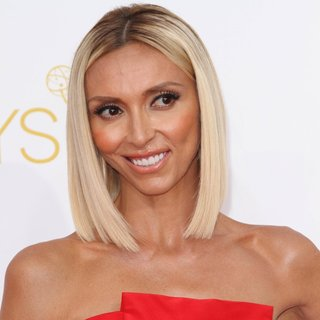 Giuliana Rancic in 66th Primetime Emmy Awards - Arrivals - giuliana-rancic-66th-primetime-emmy-awards-01