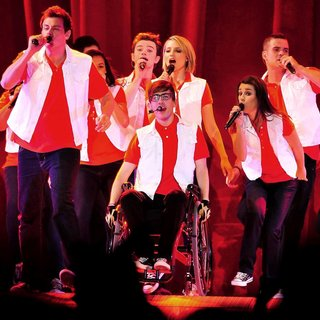 Cory Monteith, Chris Colfer, Kevin McHale, Dianna Agron, Lea Michele, Mark Salling in The Cast of Glee Live in Concert Performing on Stage