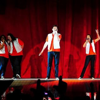 Jessalyn Gilsig, Dianna Agron, Naya Rivera, Lauren Zizes, Amber Riley, Cory Monteith, Lea Michele, Kevin McHale in The Cast of Glee Live in Concert Performing on Stage