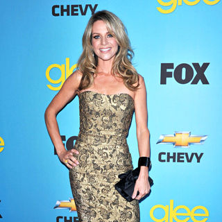 Jessalyn Gilsig in 'Glee' Spring Premiere Episode Outdoor Screening