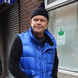 Glen Campbell in Glen Campbell Spotted Walking with Kim Woolen
