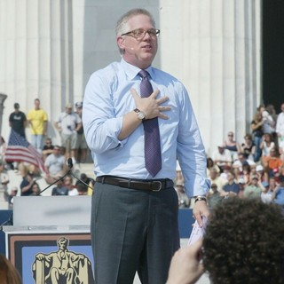 Glenn Beck in Rally Honouring America's Serivce Personnel