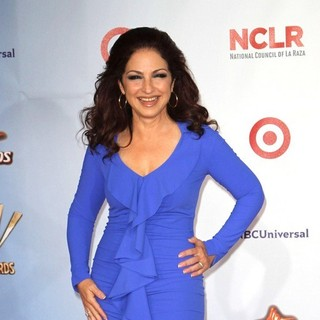 Gloria Estefan in 2011 NCLR ALMA Awards - Arrivals