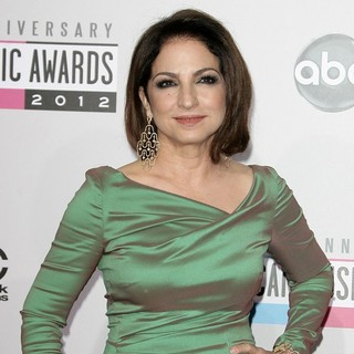 Gloria Estefan in The 40th Anniversary American Music Awards - Arrivals